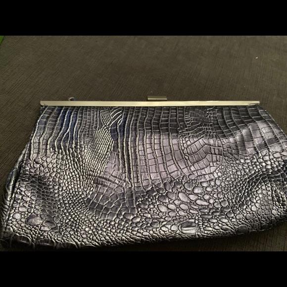 Jessica McClintock Handbags - Jessica McClintock Gray/Blue snake Clutch